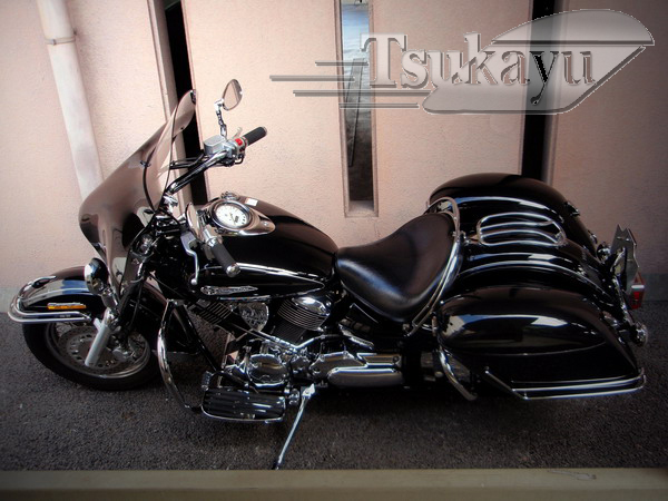 v star 1100 trunk with Strong Yamahavstar1100classic3 on QuickDetachableFairingforDyna further 221966542038 moreover 301303846637 as well How To Make Hard Saddlebags For Motorcycle in addition Porsche 914 Engine Number Location.